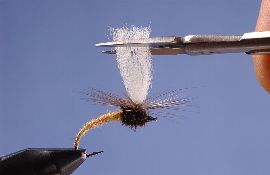 Tying_the_Klinkhamer_Special_14
